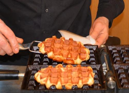 Warme wafel catering op evenementen